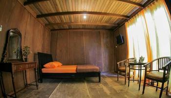 Oemah Kayu Homestay Yogyakarta - Superior Room with Breakfast Regular Plan