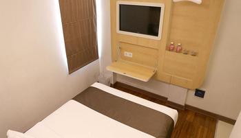 Citihub Hotel at Arjuna Surabaya - Nano Deluxe Room Only Regular Plan