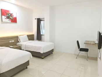 Homestay Pondok Minang Padang - Standard Twin Room Only Regular Plan
