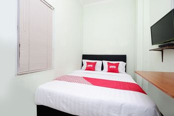OYO 1815 Gatsu Residence Semarang - Standard Double Room Regular Plan