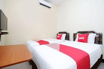 OYO 1815 Gatsu Residence Semarang - Standard Twin Room Regular Plan