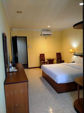 Penuin Hotel Batam - Gold Room Regular Plan
