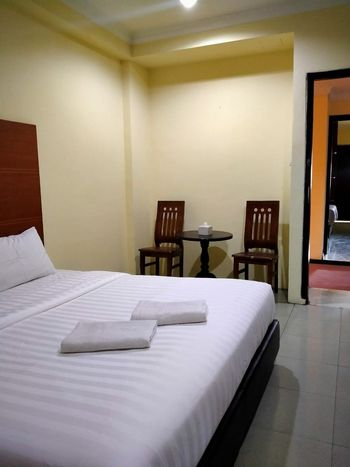 Penuin Hotel Batam - Silver Room Regular Plan