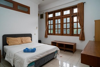 Puri Saras Bintaro Syariah Tangerang Selatan - Deluxe Room AntiBoros