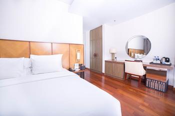 Golden Tulip Holland Resort Batu Malang - Deluxe King Regular Plan