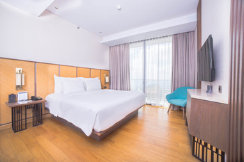 Golden Tulip Holland Resort Batu Malang - Premier King Room Only Regular Plan