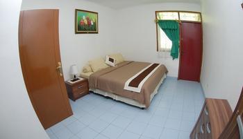 Villa Chava Minerva Bata Ciater - 4 Bedroom Villa Basic Deal 47% - Non Refundable