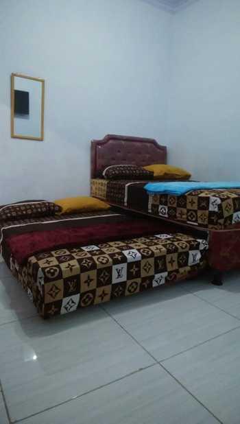 Guest House Pesona Banyuwangi - Deluxe Twin  Regular Plan