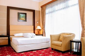 Hotel Hakmaz Taba Lubuklinggau Lubuklinggau - Family Room Regular Plan