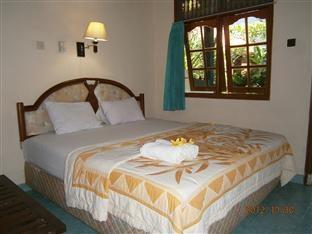 ADUS Beach Inn Bali - Standard Fan Double Room Regular Plan