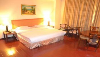 Golden View Hotel Batam - Deluxe Room Regular Plan