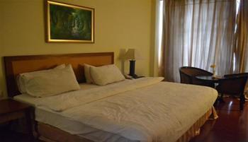 Golden View Hotel Batam - Family Room Regular Plan