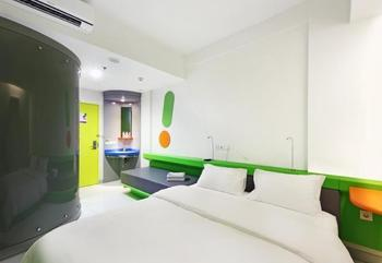 POP! Hotel Tebet Jakarta - POP! Room - with Breakfast Regular Plan