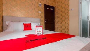 Reddoorz Plus @ Cipete Damai Jakarta - Reddoorz Room with Breakfast Regular Plan