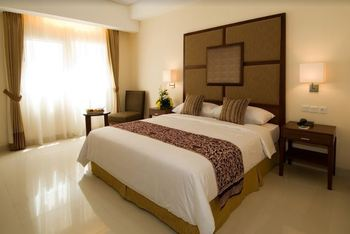 Aston Manado - Deluxe Room Only Regular Plan
