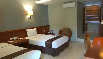 Hotel Asri Cirebon Cirebon - Deluxe Twin (All New Air Conditioner) Room Only Regular Plan