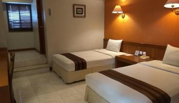 Hotel Asri Cirebon Cirebon - Superior Twin (All New Air Conditioner) Room Only Regular Plan