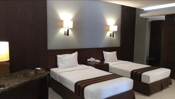 Hotel Asri Cirebon Cirebon - Suite Twin (All New Air Conditioner) Regular Plan