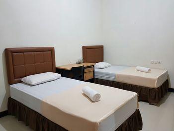 Dixie Guest House Syariah Samarinda - Standard Twin Room Only Regular Plan