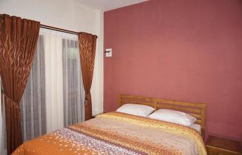 Aloha Hotel Yogyakarta - Standard Room with Breakfast Regular Plan
