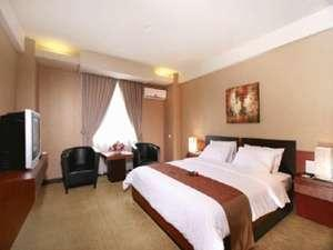 Hotel Orchardz Industri Jakarta - Deluxe Room Regular Plan