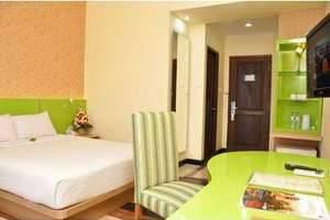 Hotel Pandanaran Semarang - Deluxe Queen