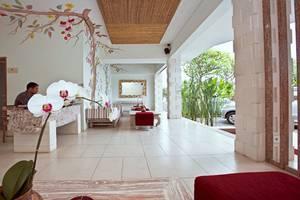 Ivory Resort Seminyak - Lobi