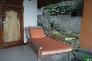 Kawi Karma Beach Cottages Amed - Ruang tamu