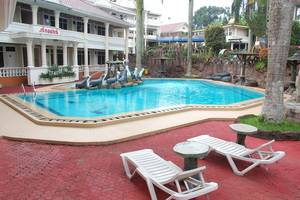 Hotel Delaga Biru Cipanas - Kolam Renang