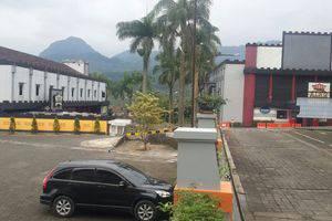 Hotel Puriwisata Baturaden - Facade