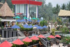 The Jhons Aquatic Resort Cianjur - Dragon Swimming Pool