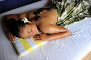 Aruna Senggigi Resort & Convention Lombok - Stone Massage by Graha's SPA