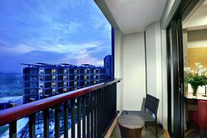 Aston Sentul Lake Resort & Conference Center Bogor - Balcon