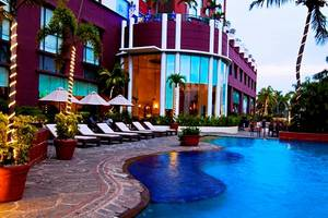 Hotel Aryaduta Makassar - Swimming Pool
