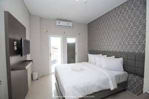 Smart Budget Hotel Semarang - Room