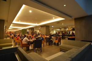 Hotel Grand Inna Muara Padang - Ranah Minang Coffee Shop