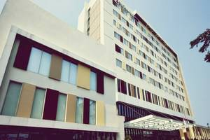 Swiss Belinn Airport Jakarta - Tampilan Luar Hotel