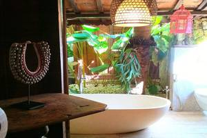 The Ermaja's Pavilion Boutique Hotel & Villas Pangandaran - Kamar mandi