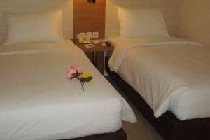 Winstar Hotel Pekanbaru - Twinn Room