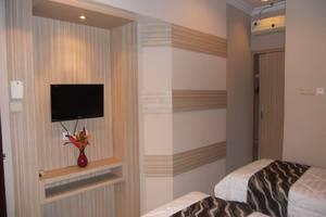 Hotel Panorama Jember - Standard Twin