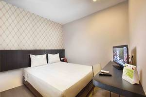 The KNO Hotel Kualanamu - Economy king room