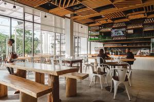 The KNO Hotel Kualanamu - CAFE