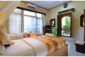 ZEN Premium Sanur Danau Tamblingan 2 Bali - Tampak tempat tidur twin