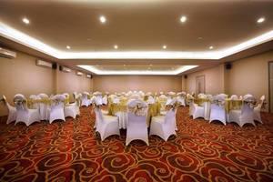 Neo Hotel Candi Semarang - Ballroom