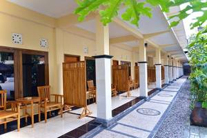 Central Inn Senggigi