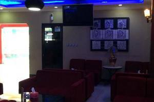 Hollywood Hotel Jakarta - Lounge