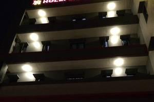 Hollywood Hotel Jakarta - Hotel Building