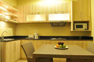The Jas Villas Bali - Dapur dan Ruang Makan