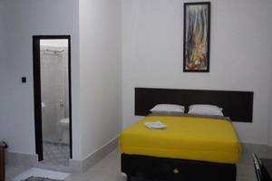 Hotel Wisma Indonesia Kendari - Kamar Superior