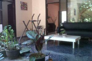 Family Guest House Malang - Terrace 2